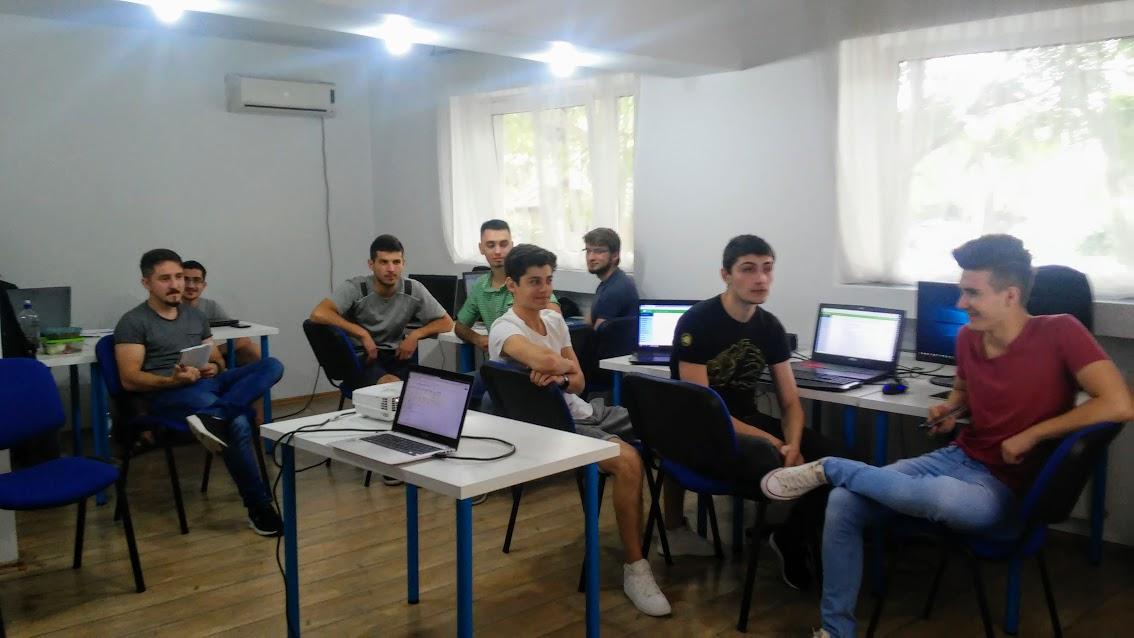 Ideile tinerilor antreprenori promovate in media locala